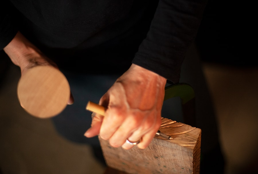 carving process